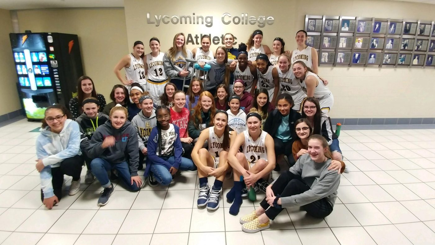 7th & 8th Girls BB Team Meet & Greet with Lycoming College Girls BB